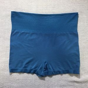 Lululemon blue high or fold over waist shorts szM
